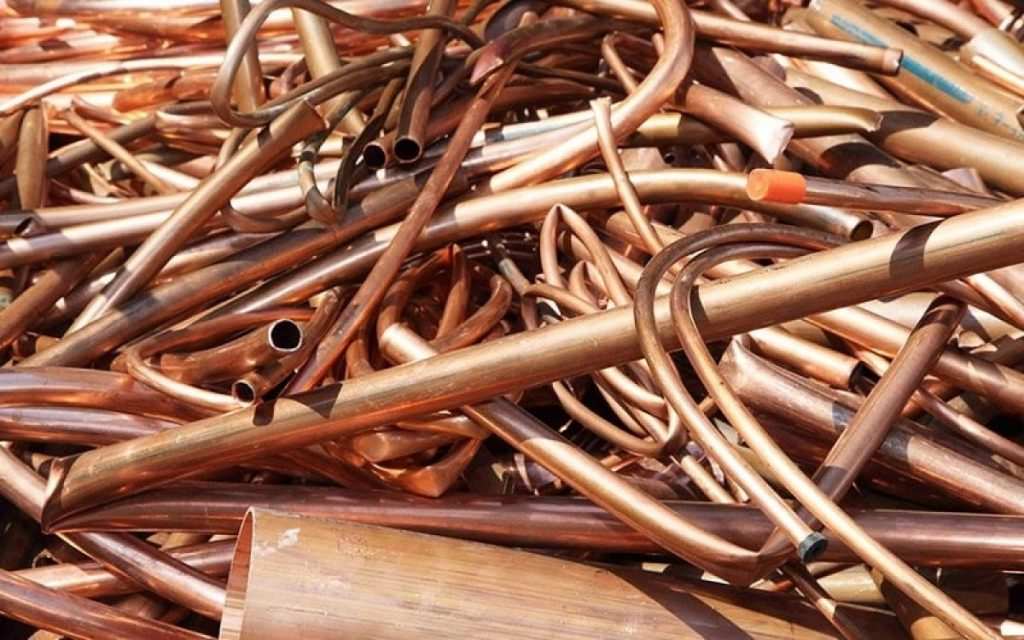 If you work at construction sites or home renovation sites, you might come into contact with a lot of scrap copper. Instead of throwing it away, consider starting a side hustle selling that copper and turning a profit. This guide features expert tips for having a successful copper selling business.